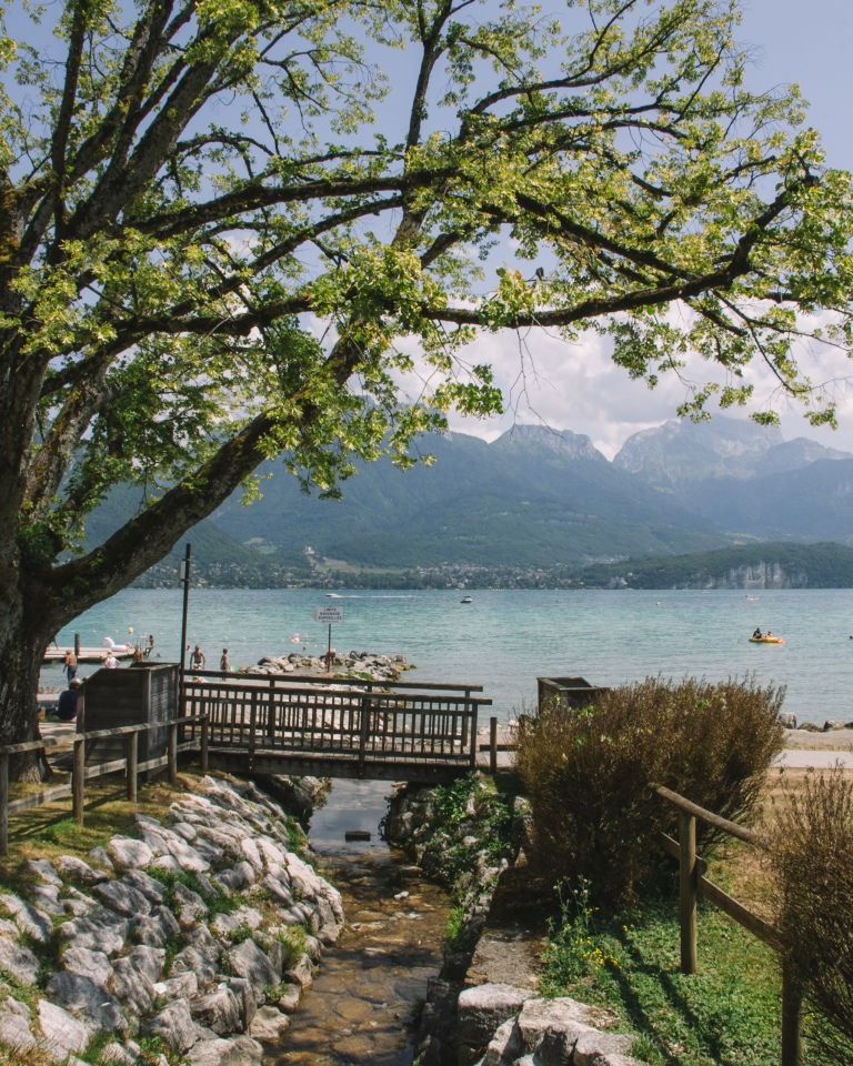 Riding Lake Annecy 6